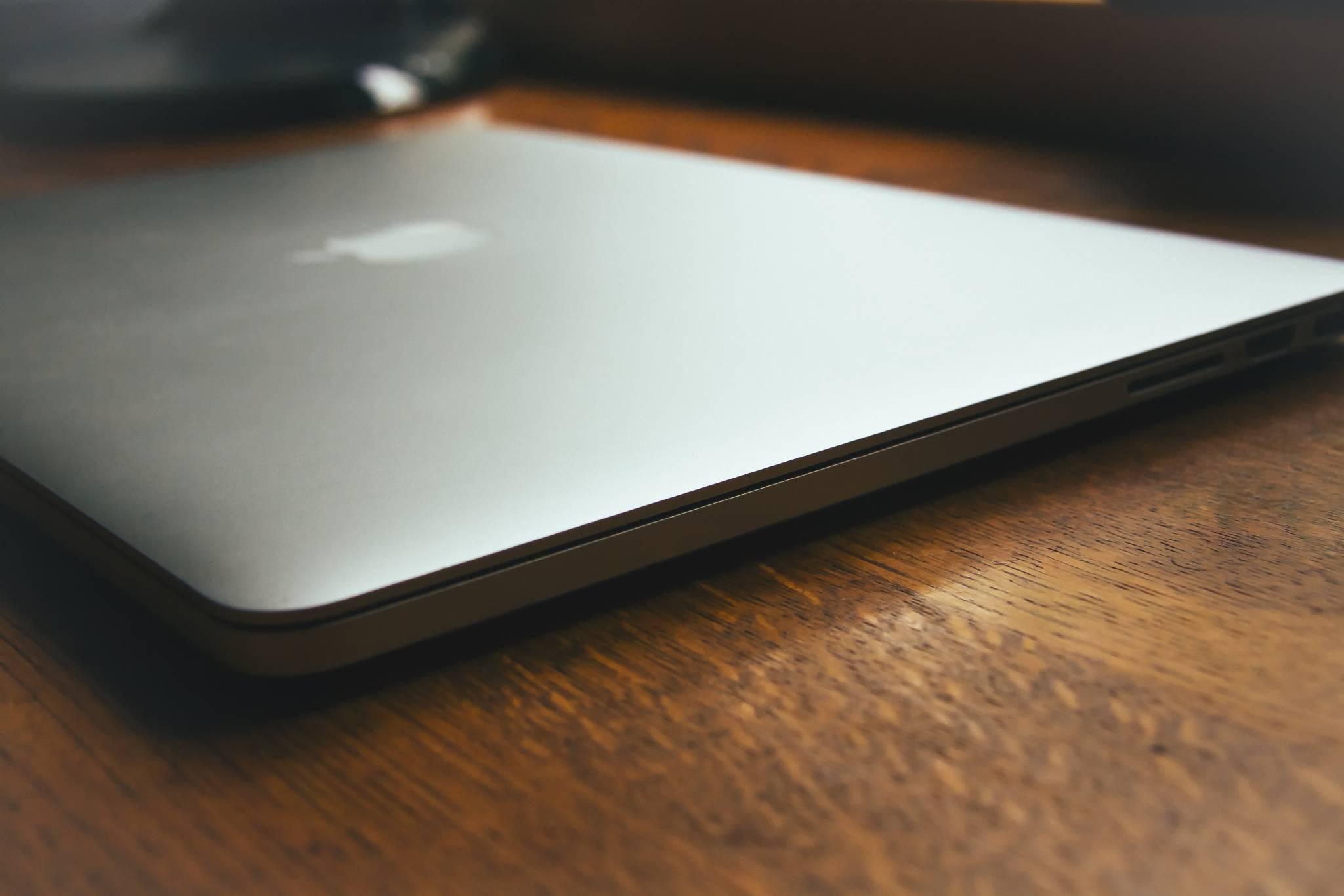 MacBook-BarnImages.com-1-1024x683@2x